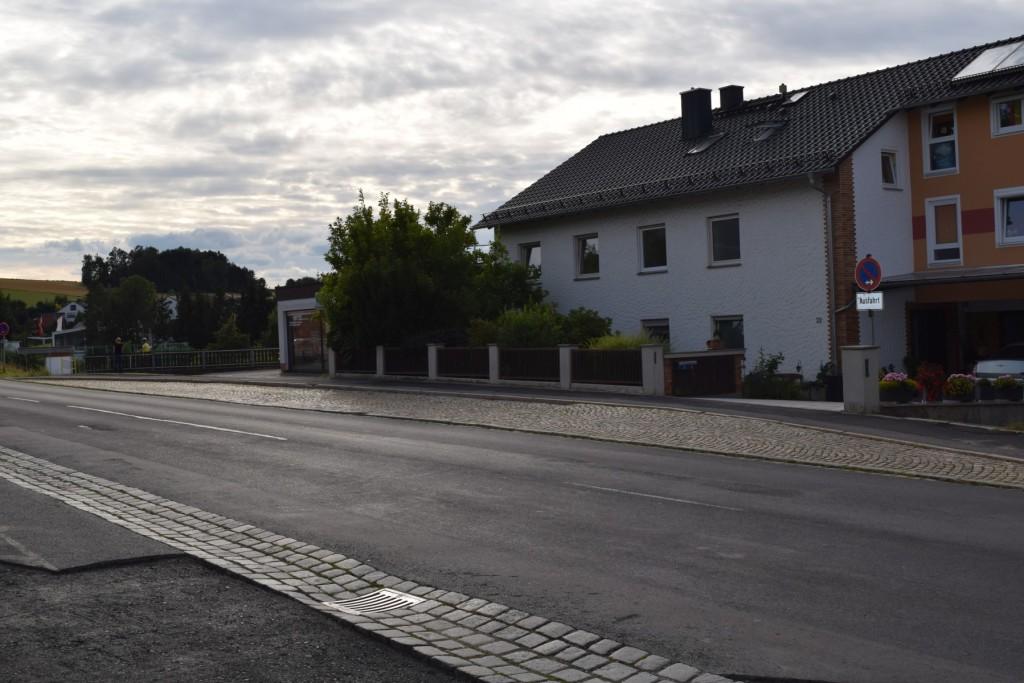 01_Buswartehäuschen_Neustädter_Strasse